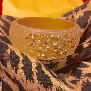Susan Graver Tapered Acrylic Bangle